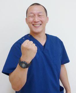 ムチウチ交通事故治療ならくろーばーはりきゅう整骨院の院長の鎌倉
