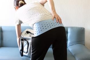 長い時間椅子に座っていると腰が痛い